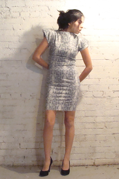 gray made it myself dress - black Nine West shoes