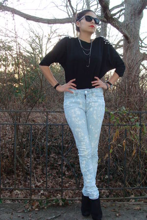 black made it myself shirt - blue Silence &amp; Noise jeans - black plattform pumps 