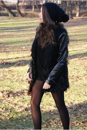 black romwe coat - brown Papilion boots - black reserved hat - black H&amp;M shorts