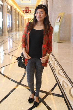 Forever 21 cardigan - black pull&bear shoes - black Stradivarius bag