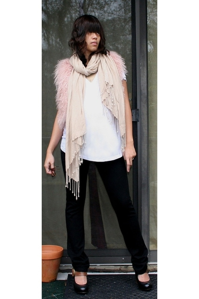Topshop vest - H&amp;M scarf - the gap t-shirt - Forever21 pants - Dolce Vita shoes