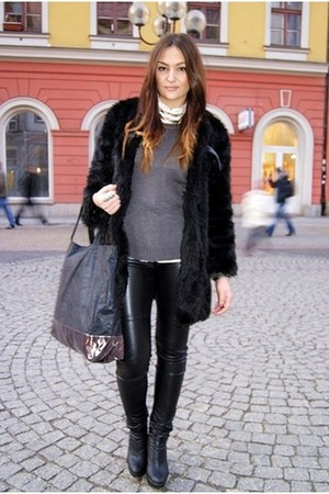 black romwe coat - Zara sweater - black asos bag