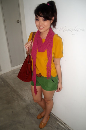 hot pink DIY Myself scarf - maroon Long Champ bag - green random shorts