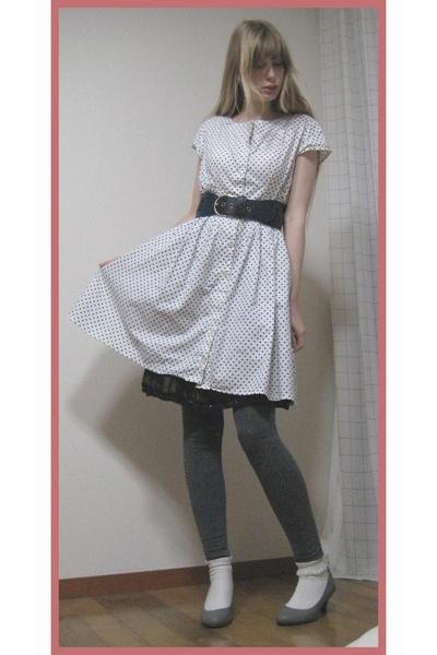 vintage dress - H&M belt - H&M leggings - on the coach shoes - H&M purse - Mikio