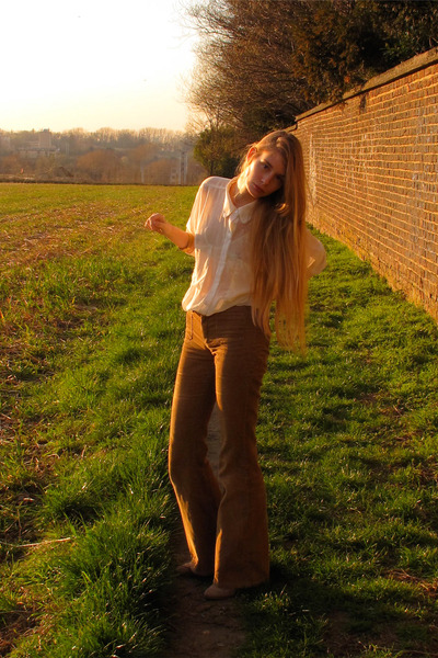 ivory American Apparel shirt - brown vintage pants - ivory American Apparel bra