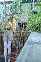 white American Apparel tights - beige American Apparel shorts - crimson American