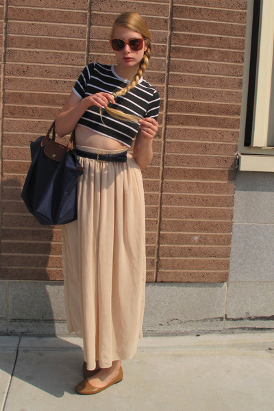 beige American Apparel skirt - navy longchamp bag