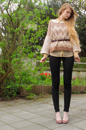 peach vintage sweater - nude American Apparel shirt - black American Apparel pan