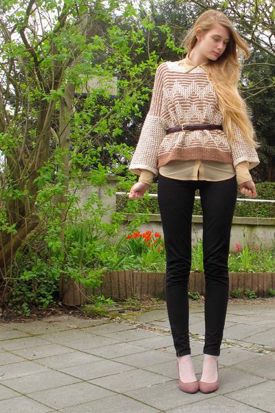 peach vintage sweater - nude American Apparel shirt - black American Apparel pan
