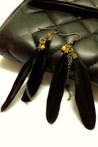 Black-feather-mychickpea-earrings