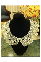 Ivory-flower-pearl-mychickpea-accessories