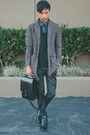 Black-giorgio-brutini-boots-brown-zara-coat-black-ben-sherman-sweater