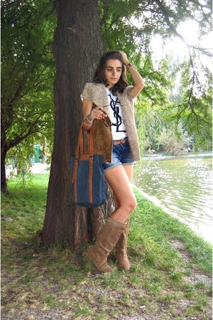 Zara bag - Zara boots - navy Zara shorts - burnt orange REPLAY belt