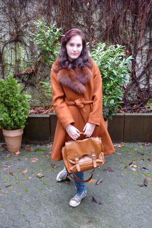 burnt orange fur collar vintage from Ebay coat - sky blue H&M jeans