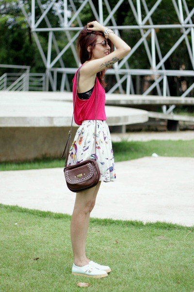 beige birds Chicwish skirt - brown Levis bag - brown round romwe sunglasses