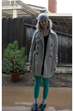 H&M coat - black cotton on dress - green tights - black Forever 21 shoes - gray