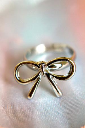 Trinkettes ring