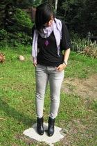 random shirt - Logo jeans - Zara boots - moms scarf - Forever 21 accessories