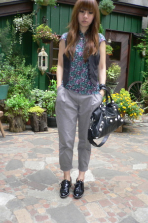 stuart weitzman shoes - H&M vest - H&M pants - balenciaga purse