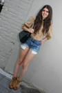 Vintage-boots-gucci-bag-diy-shorts-vintage-blouse