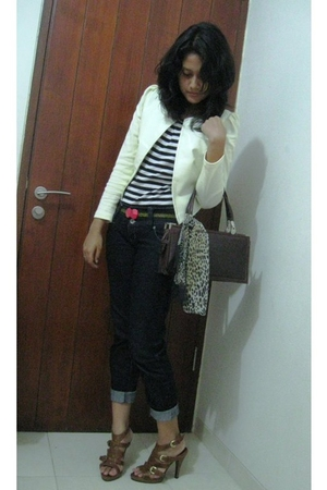 white chizue blazer - black Arizona t-shirt - black only I belt - brown NABLY BY
