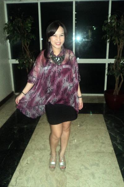 silver platforms DAS shoes - black bandage Forever 21 skirt