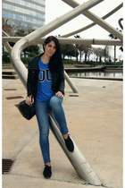 blue Zara t-shirt