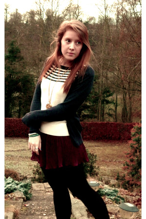 magenta pleated Topshop shorts - eggshell Topshop sweater - black M&S tights