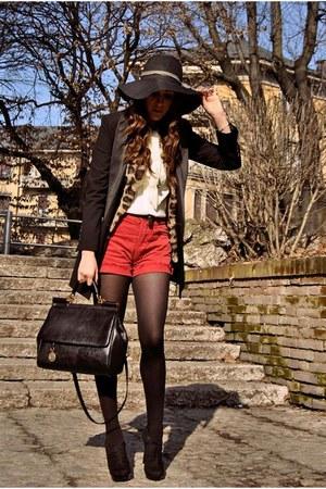 Prima Donna boots - Moschino blazer - MISS SICILY dolce & gabbana bag - Levis sh