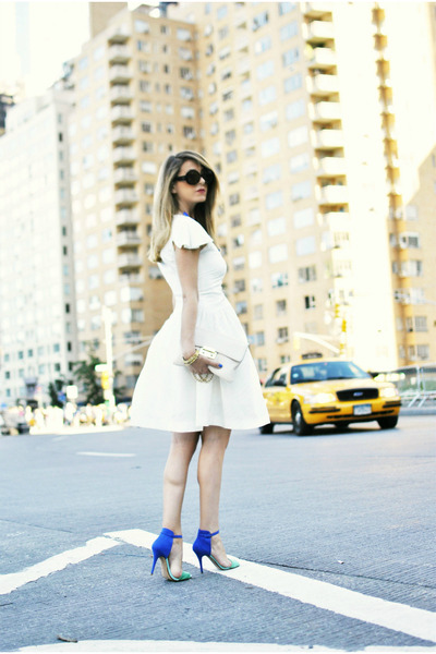 blue Zara sandals - white Nina Ricci dress
