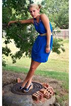 blue thrifted dress - beige thrifted belt - gold thrifted earrings - blue Old Na