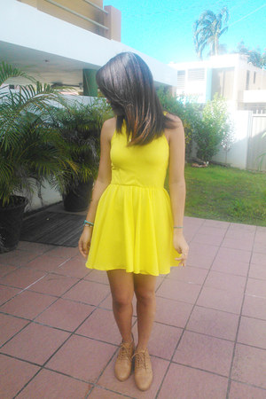 yellow lycra Neirys closet dress
