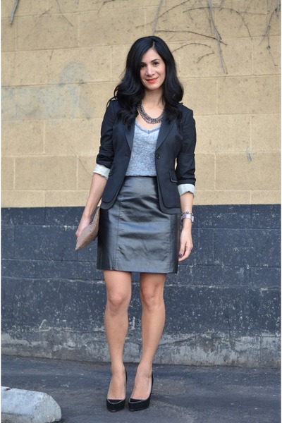 black leather vintage skirt - black BCBG blazer