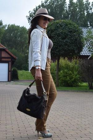 Guess watch - asos hat - Claudia Canova bag - Ray Ban sunglasses - H&M pants
