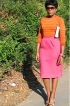 carrot orange striped shirt - hot pink skirt - animal print heels