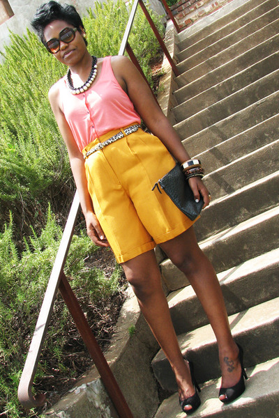 gold liz claiborne shorts - salmon H&M top - black Nine West heels