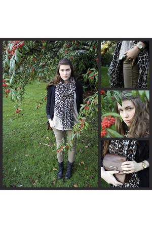 Steve Madden boots - Urban Outfitters sweater - vintage blazer - Aldo scarf