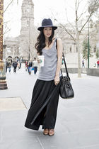 gray thrited top - black vintage skirt - blue akubra hat - black Alexander Wang