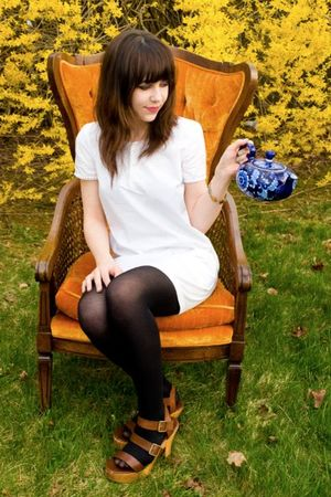 white APC dress - Pierre Hardy for Gap shoes - H&M tights