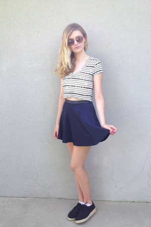 off white crop top BDG top - dark gray shoes - charcoal gray sunglasses