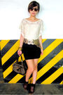 Beige-glitterati-top-gold-bcbg-belt-black-zara-skirt-brown-louis-vuitton-p