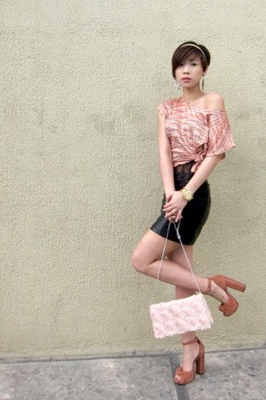 salmon cropped Forever21 top - light pink H&M purse