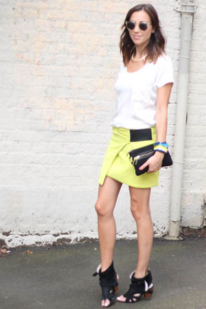 light yellow citrus skirt Nina Maya skirt - white white silk tee Zara t-shirt