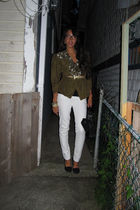 white f21 jeans - black BCBG shoes - beige f21 accessories - green thrifted jack