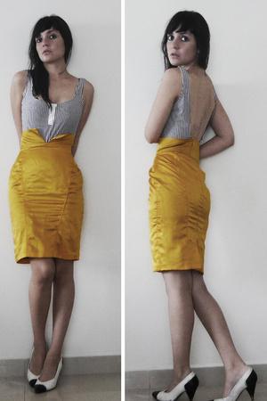yellow high waisted maria escote skirt - white bw high heels regina romero shoes