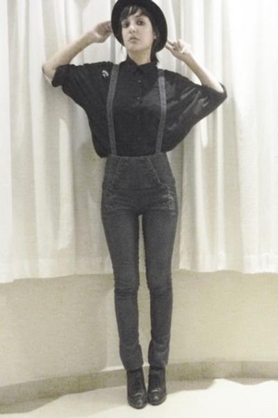 vintage blouse - jeans - hat