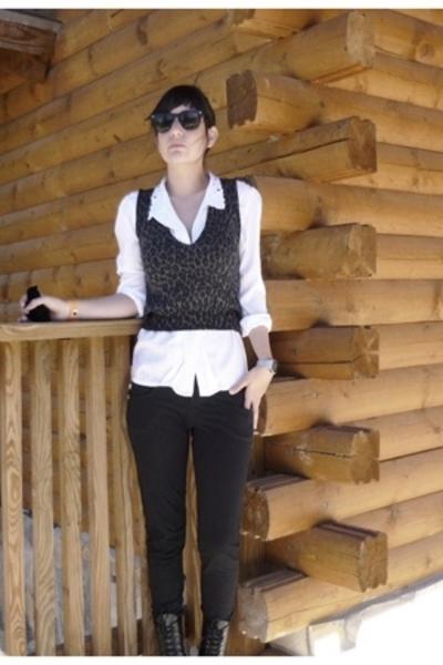 blouse - vest - pants