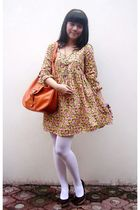 yellow dress - white tights - brown shoes - orange accessories
