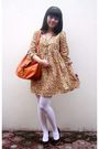 Yellow-dress-white-tights-brown-shoes-orange-accessories