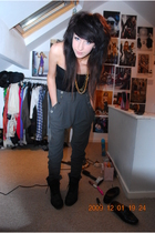 green Topshop pants - black All Saints boots - black Topshop dress - gold Urban 